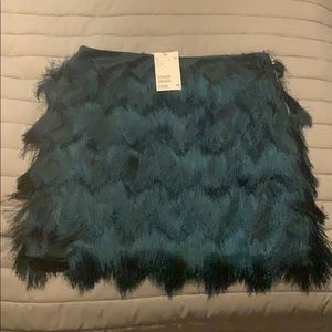 H & M feather skirt